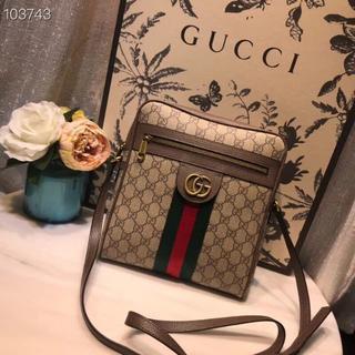 Gucci - GUCCI メンズ ショルダーバッグ