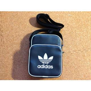adidas - adidas ポシェット