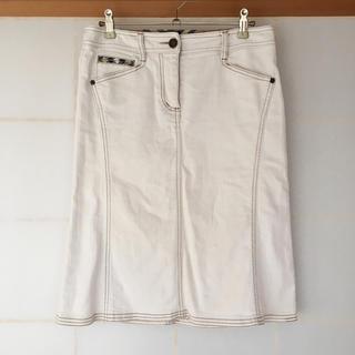 バーバリー(BURBERRY)のデニムスカート(ひざ丈スカート)