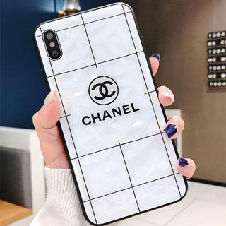 CHANEL - iPhoneカバー  最新サイズ  大人気のデザイン  ライン入り