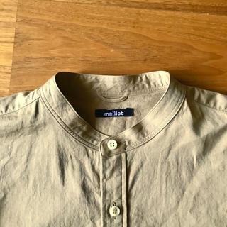 コモリ(COMOLI)の未使用!maillot バンドカラー ノーカラーシャツ(シャツ/ブラウス(長袖/七分))