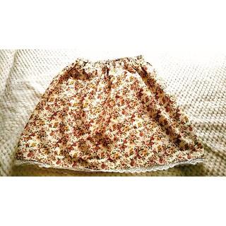 大きいサイズ☆ローズ柄ギャザースカート(ひざ丈スカート)