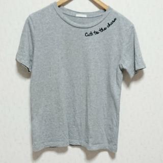 ジーユー(GU)のGU Tシャツ 刺繍ロゴ(Tシャツ(半袖/袖なし))