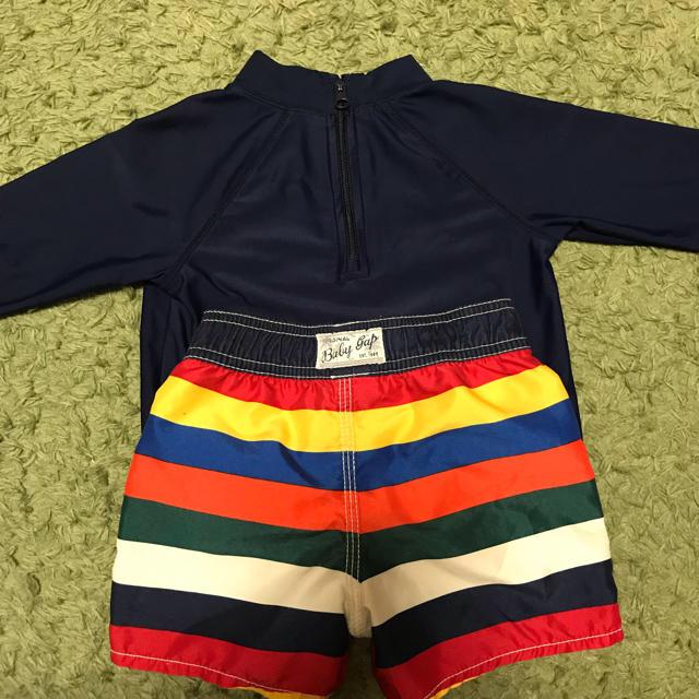 babyGAP(ベビーギャップ)のbaby gap スイムウェア 上下セット キッズ/ベビー/マタニティのキッズ服 男の子用(90cm~)(水着)の商品写真