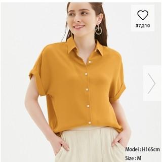 ジーユー(GU)のエアリーシャツ 半袖 マスタード XL(シャツ/ブラウス(半袖/袖なし))