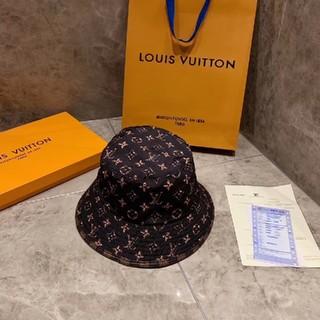 LOUIS VUITTON - 帽子