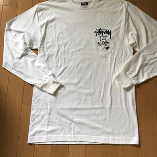 STUSSY - 昆虫系デザイン 長袖Tシャツ  ホワイト Mサイズ