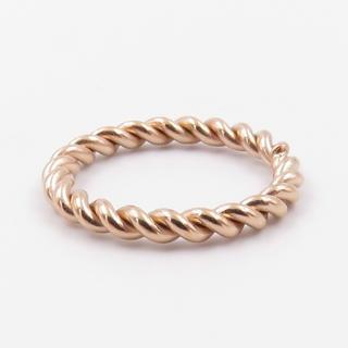 リング 指輪 ツイスト ピンクゴールド ステンレス レディース(リング(指輪))