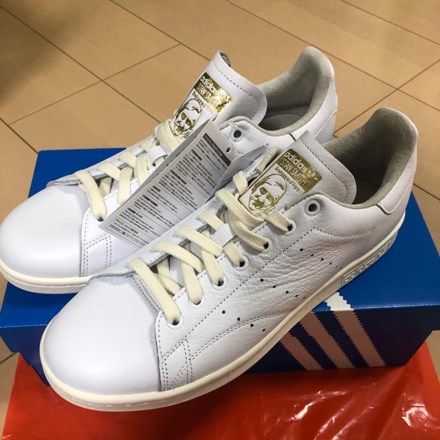 adidas(アディダス)のスタンスミス ホワイト ゴールド 定価16000円程 メンズの靴/シューズ(スニーカー)の商品写真