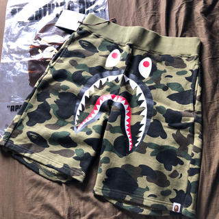 A BATHING APE - a bathing ape 1st camo shark