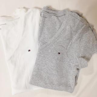 TOMMY HILFIGER - TOMMY VネックTシャツ