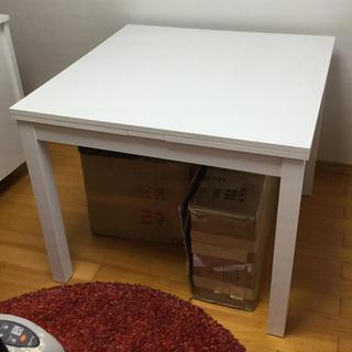 IKEA - オシャレで便利な伸ばせるダイニングテーブル 白 別売りの椅子1脚付