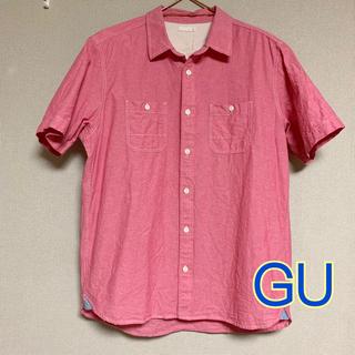 ジーユー(GU)のGU メンズ 半袖シャツ 赤 LL(シャツ)