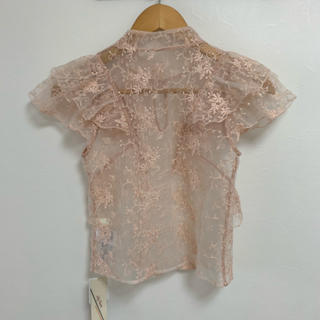 Lily Brown - フラワー刺繍トップス