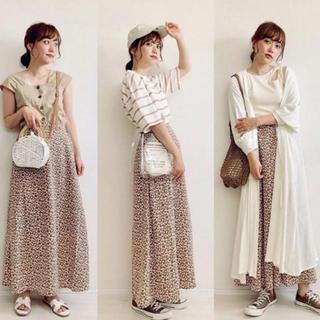 GU - GU 花柄ロングスカート