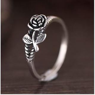 シルバーリング 薔薇モチーフ シルバー925 銀 指輪 レディース 20号サイズ(リング(指輪))