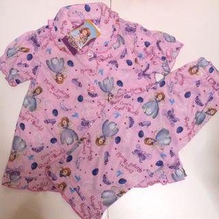 Disney - 83 新品タグ付き ディズニー ちいさなプリンセスソフィア 上下セット パジャマ