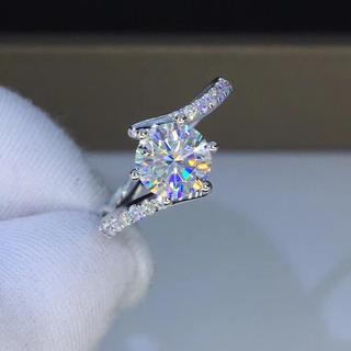 【newデザイン】輝く モアサナイト  ダイヤモンド リング(リング(指輪))