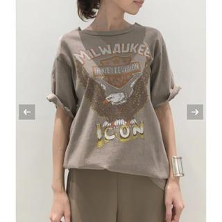 アパルトモンドゥーズィエムクラス(L'Appartement DEUXIEME CLASSE)のひまわり様  STAMMBAUM MILWAUKEE Tシャツ(Tシャツ(半袖/袖なし))