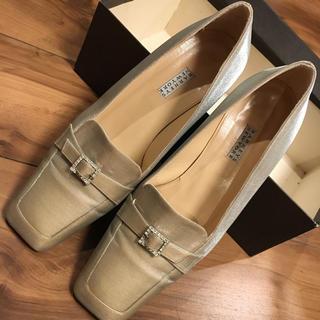 バーニーズニューヨーク(BARNEYS NEW YORK)のバーニーズニューヨーク シューズ 36 シルバー(ローファー/革靴)