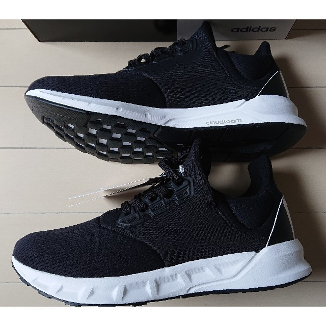 adidas(アディダス)のアディダス★ファルコン エリート 5★スニーカー 黒 26.5★新品 メンズの靴/シューズ(スニーカー)の商品写真