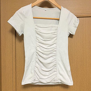 ディーエイチシー(DHC)のフロントギャザーTシャツ(カットソー(半袖/袖なし))