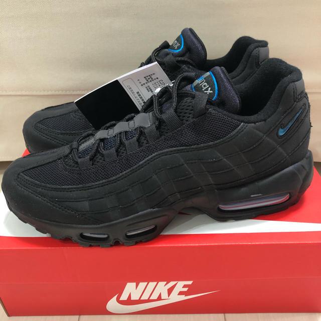 NIKE(ナイキ)の送料込 26.5 NIKE AIR MAX 95 atmos インペリアルブルー メンズの靴/シューズ(スニーカー)の商品写真