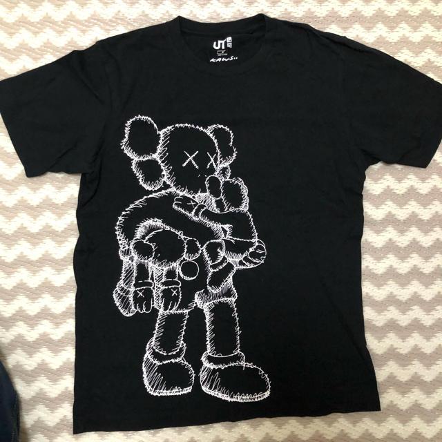 UNIQLO(ユニクロ)のUNIQLO KAWS コラボTシャツ メンズのトップス(Tシャツ/カットソー(半袖/袖なし))の商品写真