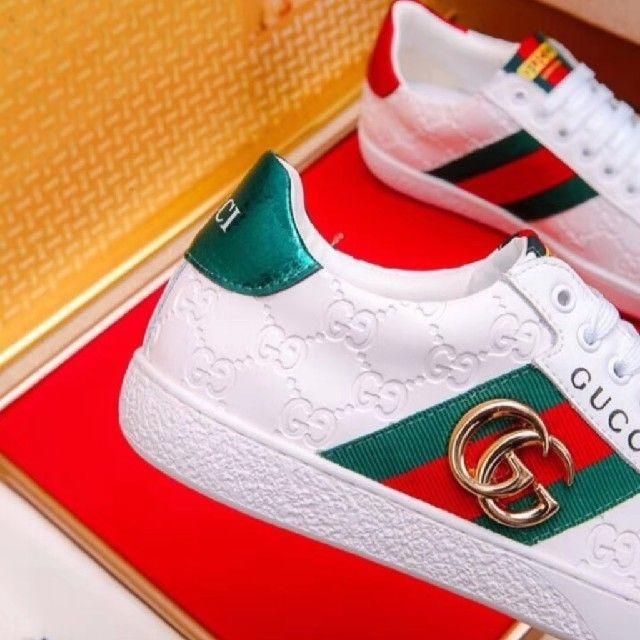 Gucci(グッチ)のGUCCIカジュアルシューズ、フラットシューズ、スニーカー メンズの靴/シューズ(スニーカー)の商品写真