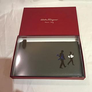Salvatore Ferragamo - 新品◆トラベル財布 パスポートケース 男女兼用