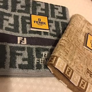 FENDI - 新品  フェンディ  ハンカチタオル  2枚セット