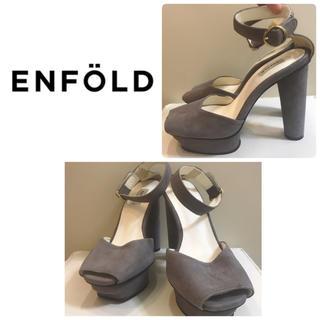 ENFOLD - 定価4.9万 ENFOLD グレースエード サンダル