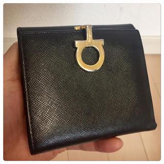 Salvatore Ferragamo - 《美品》Ferragamo(フェラガモ)折り財布