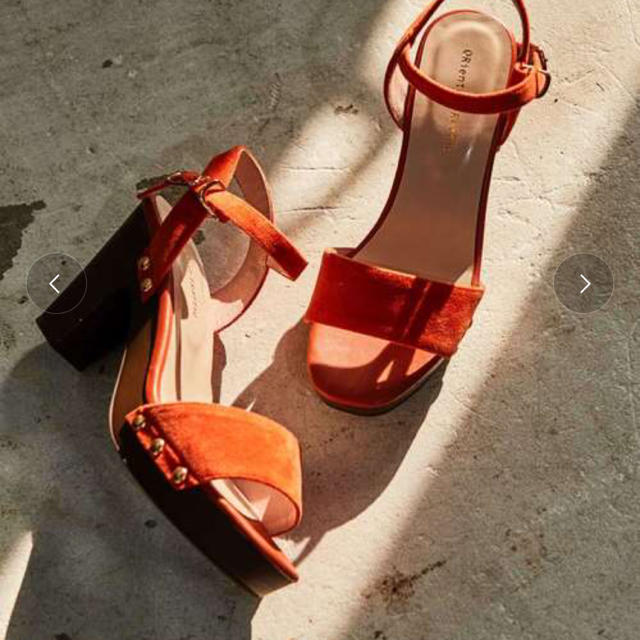 ORiental TRaffic(オリエンタルトラフィック)の春夏新作★ウッドヒールストラップサンダル★9228 レディースの靴/シューズ(サンダル)の商品写真