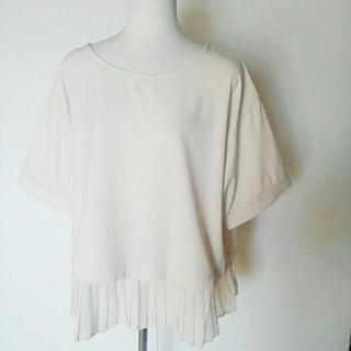 ニッセン - 新品 LL 大きいサイズ半袖裾シフォンプリーツカットソー 13号 ベージュ