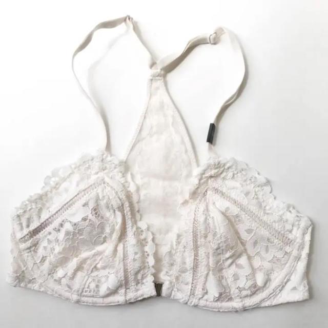 Victoria's Secret(ヴィクトリアズシークレット)の【新品】 ヴィクトリアシークレット PINK 下着 ブラレット 32D ハワイ レディースの下着/アンダーウェア(ブラ)の商品写真