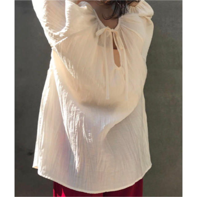 Kastane(カスタネ)のkastane ワッシャー後ろあきブラウス レディースのトップス(シャツ/ブラウス(長袖/七分))の商品写真