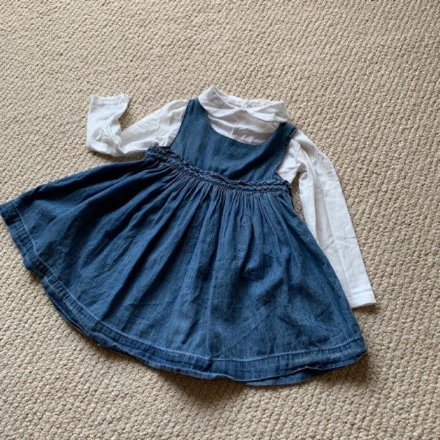 babyGAP(ベビーギャップ)のベビーギャップbaby GAP★ギャザーデニムワンピース キッズ/ベビー/マタニティのベビー服(~85cm)(ワンピース)の商品写真