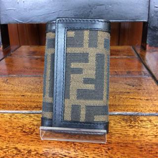 フェンディ(FENDI)のフェンディ キーケース6連 ズッカ ブラウン A94006(キーケース)