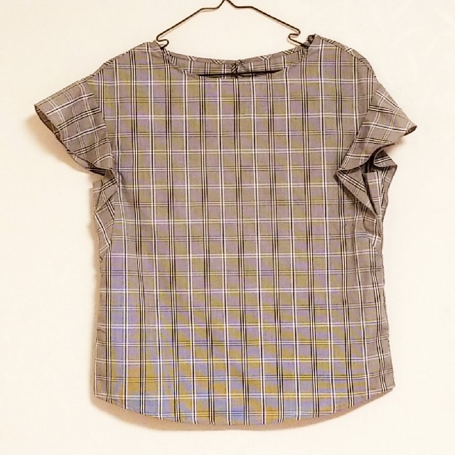 GU(ジーユー)の☆GU☆ モノトーンギンガムチェック ブラウス レディースのトップス(シャツ/ブラウス(半袖/袖なし))の商品写真