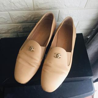 シャネル(CHANEL)のシャネル chanel ローファー フラットシューズ ベージュ オペラシューズ(ローファー/革靴)