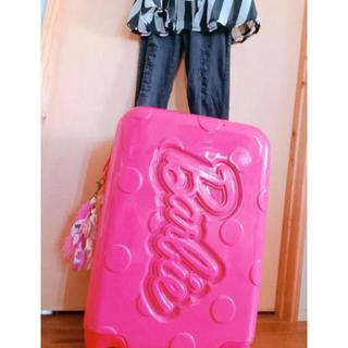 バービー(Barbie)のバービー  キャリーケース セット♡(スーツケース/キャリーバッグ)