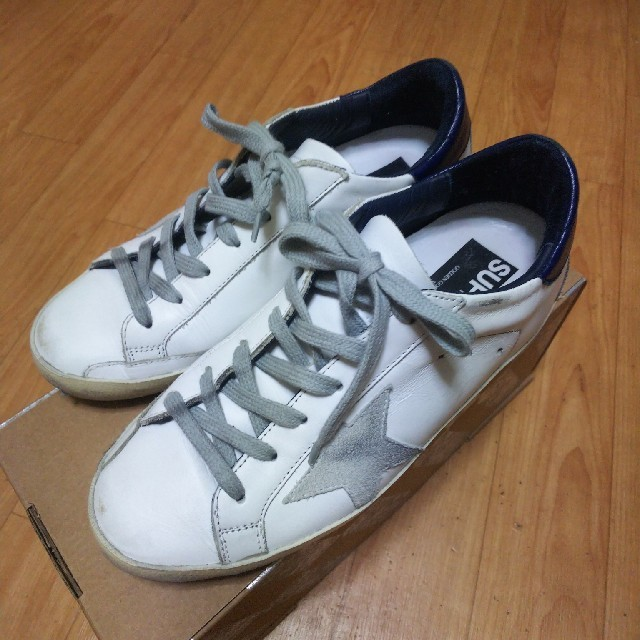 DEUXIEME CLASSE(ドゥーズィエムクラス)のお値下げ更新*美品*ゴールデングース 37 レディースの靴/シューズ(スニーカー)の商品写真