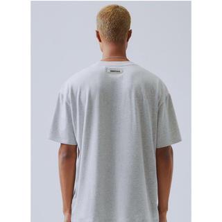フィアオブゴッド(FEAR OF GOD)のfog essentials 半袖Tシャツ XL グレー 新品 エッセンシャルズ(Tシャツ/カットソー(半袖/袖なし))