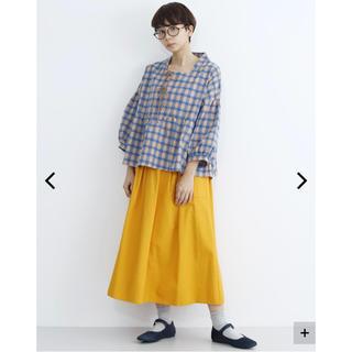 メルロー(merlot)のサイドポケットボックスタックスカート(ひざ丈スカート)