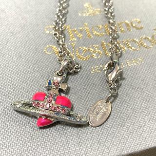 ヴィヴィアンウエストウッド(Vivienne Westwood)の即購入OK ハートネックレス ピンク(ネックレス)
