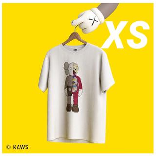 UNIQLO - 新品 カウズ  ユニクロ コラボTシャツ 人気 限定品 ホワイト メンズ XS