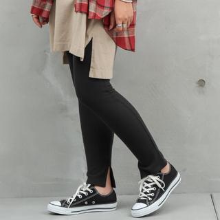 シマムラ(しまむら)のワッフルパンツ 2枚セット ブラック ブラウン Mサイズ 裾スリット レギンス(レギンス/スパッツ)