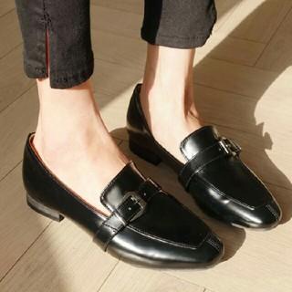 ディーホリック(dholic)の美品★ブラックバックルローファー(ローファー/革靴)