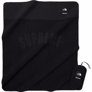シュプリーム(Supreme)のsupreme the north face ブランケット 黒(毛布)